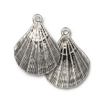 TierraCast Scallop Shell Pendant, Antique Silver